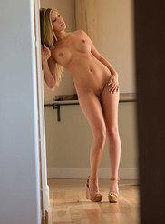 Samantha Saint 16