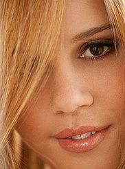 Alexis Adams 03