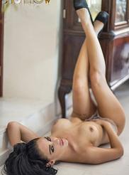 Alexandra Louise 06
