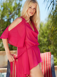 Charlotte Stokely 06