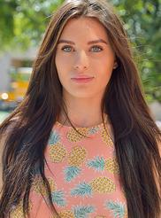 Lana More Gorgeous 03