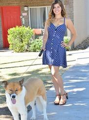 Gianna Dog Walker 08