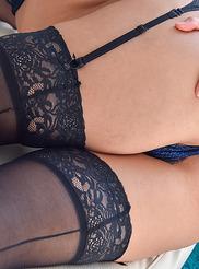 Sheena Sexy Latina 12