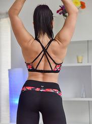 Lea Sexual Gymnastics 03