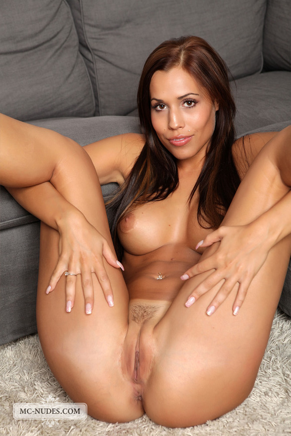 image Innocent coed brianna johnson toys her hot young pussy
