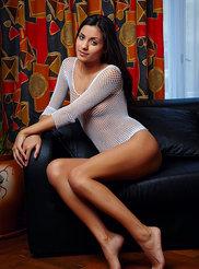 Belinda Soft Pussy 01