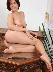 Busty Suzanna 14
