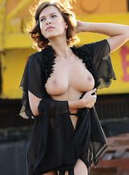 Suzanna Yamazi 01