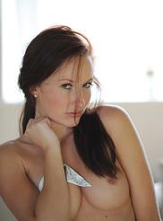 Sophia Smith 03