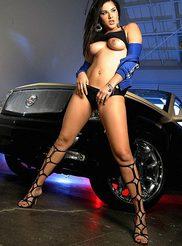 Sunny Leone 09