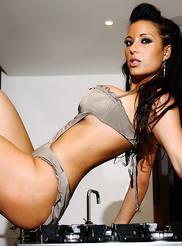 Tiffany Chambers 03