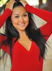Hottie in Red 02
