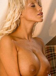 Shira Jones 12