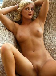 Aryka Lynne 07