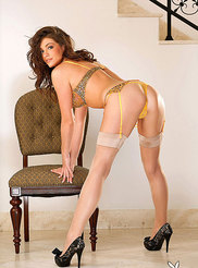 Ashley Nicole 02
