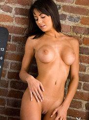 Audrey Nicole 08