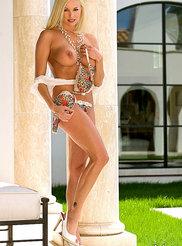 Paige Lowry 04