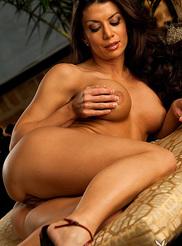 Vanessa Wade 12