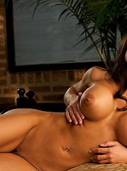 Vanessa Wade 13