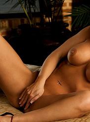 Vanessa Wade 17