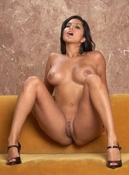 Sunny Leone 10