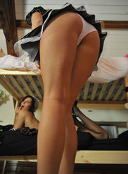 Sexy Maid Naked 07