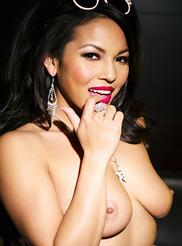 Adrianna Luna 09