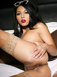 Adrianna Luna 15
