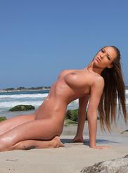 Vivienne Summer 01