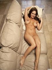 Danielle Robinson 06