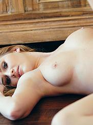 Sexy Lauren Volker 05