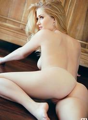 Sexy Lauren Volker 06