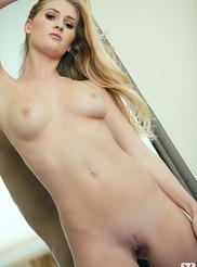 Sexy Lauren Volker 09