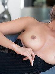 Ashley Doris 02