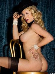 Carly Lauren 16