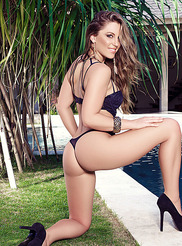 Sarah Louise 00