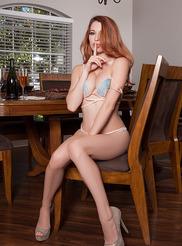 Jennifer Vaugh 00