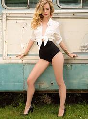 Olivia Preston 01
