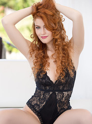 Heidi Romanova 00