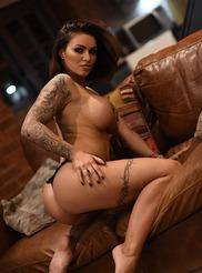 Gemma Massey 02