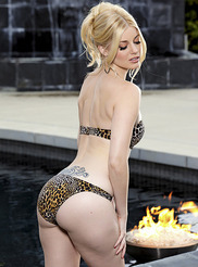 Charlotte Stokely 03