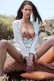 Naked Teen Simona