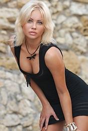 Blonde Babe Jessica